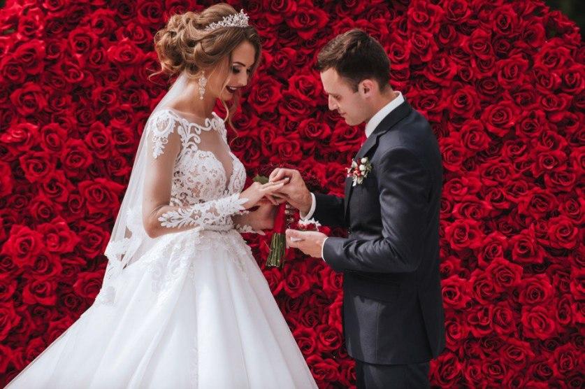 истории знакомств и свадеб через интернет